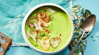 Blumenkohlsuppe mit Kokosmilch und Spinat