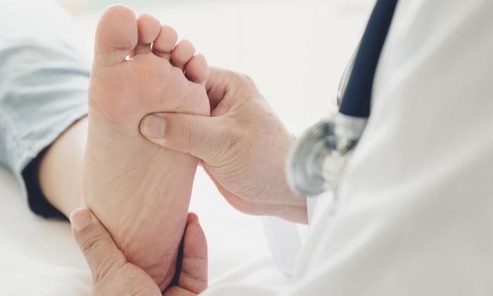 Diabetes? So schützen Sie Ihre Füße vor Neuropathie